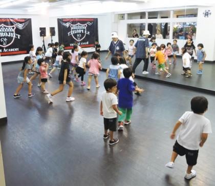 ベイビーヒップホップ | 宮崎市キッズヒップホップ専門ダンススタジオSSプロジェクト