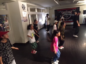 TokyoBeatSurtシンジ先生ワークショップ | 宮崎市キッズヒップホップ専門ダンススタジオSSプロジェクト